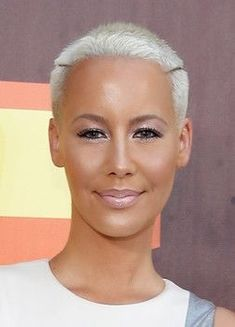 Amber Rose Photos - Model Amber Rose attends The 2015 MTV Movie Awards at Nokia Theatre L. - The 2015 MTV Movie Awards - Red Carpet Dope Hairstyles, African Hairstyles, Celebrity Hairstyles, Braided Hairstyles, Amber Rose Style, Amber Rose Photo, Amber Rose Pictures, Rose Photos, Short Hair Cuts