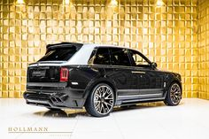 Rolls-Royce Cullinan by Mansory - Hollmann - Luxury Pulse Cars - Germany - For sale on LuxuryPulse. Rolls Royce 4x4, Blue Options, Rolls Royce Cullinan, Wide Body Kits, Silver Car, Head Up Display, Luxury Suv, Colorful Interiors, Cars For Sale