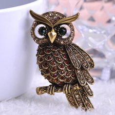 Big Owl Brooch - Anti Gold Brown
