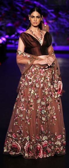 Fascinating colors, intriguing designs & a royal connect was the primary theme at one of the AICW events. Source: pinterest.com