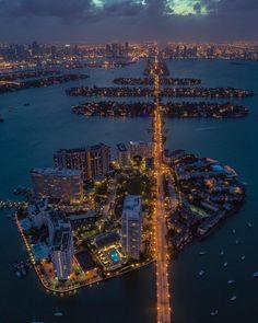 Miami Florida by acetheillest by miamifeelings.com miami florida miamibeach sobe southbeach brickell Miami miamifeelings