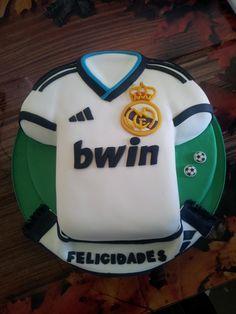 Tarta camiseta Real Madrid.                                                                                                                                                                                 Más