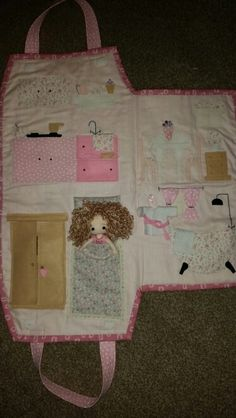 Based on an original idea by countrykittyland Apron, Base, Quilts, The Originals, Learning, Quilt Sets, Quilt, Log Cabin Quilts, Study