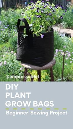 Diy Planters, Garden Planters, Planter Ideas, Balcony Garden, Witch's Garden, Herbs Garden, Outdoor Crafts, Outdoor Projects, Easy Sewing Projects