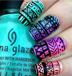 Beautiful Aztec Nail Art Designs For Young Girls Aztekische Nageldesigns Aztec Nail Art, Tribal Nails, Nail Art Hacks, Easy Nail Art, Hair And Nails, My Nails, Happy Nails, Neon Nails, Manicure E Pedicure
