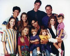 """Where Are They Now: 'Full House' - """"What ever happened to predictability?The milkman, the paperboy, evening TV.""""And whatever happened to the Tanner family (and friends!) that we loved so much on Full House? Tio Jesse, Uncle Jesse, Best Tv Shows, Favorite Tv Shows, Movies And Tv Shows, Favorite Things, 80s Punk, Full House Michelle, Full House Cast"""
