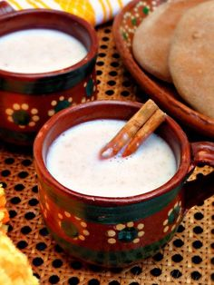 Atole de Avena (Mexican Oatmeal Porridge) my cold weather craving Mexican Drinks, Mexican Dishes, Authentic Mexican Recipes, Mexican Food Recipes, Mexican Atole Recipe, Mexican Easy, Mexican Desert, Barbacoa, Carnitas