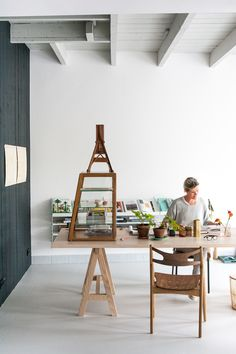 THE WORKSPACE OF DUTCH DESIGN FIRM STUDIO SLOW