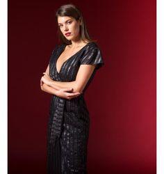 Κρουαζέ Ολόσωμη Φόρμα Lurex - Την έχω αλλά σε μπλε, από ηνία εταιρεία nostress. Είναι παρα πολύ καλή και με τελικά εφαρμογή Short Sleeve Dresses, Dresses With Sleeves, Fall Winter, Jumpsuit, Stuff To Buy, Shopping, Black, Fashion, Gowns With Sleeves
