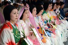 率川神社 三枝祭り - 奈良市