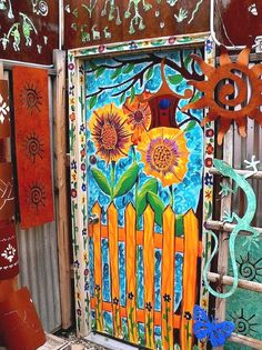 patternprints journal: GORGEOUS PATTERNS AND DECORATIONS INTO A PINTEREST BOARD DEDICATED TO DOORS