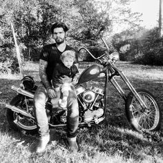 Post image for Happy Father's Day! Photography Props, Family Photography, Mommy And Baby Pictures, Harley Davidson Panhead, Free People Blog, Cycling Art, Mother And Child, Happy Fathers Day, Bike Life