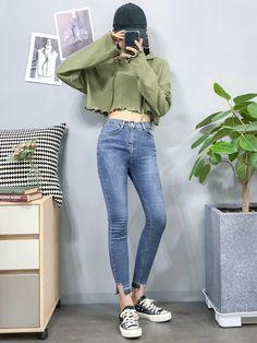 Korean Clothing Styles The Beige Blouse « voguee. Korean Girl Fashion, Ulzzang Fashion, Korean Street Fashion, Kpop Fashion Outfits, Korean Outfits, Cute Fashion, Asian Fashion, Teen Fashion, Style Fashion