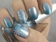 Blue ombre snowflake winter nails