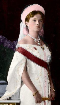 Dit is Olga Romanov. Een van de 4 meisjes. Olga was de oudste