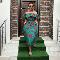 We are here again with the beautiful collection of modern African dress designs for young ladies. These are made up Ankara print that can use to sew different styles such long and short gown, shirt and blouse, jumpsuit African Fashion Designers, African Inspired Fashion, Latest African Fashion Dresses, African Print Dresses, African Print Fashion, Africa Fashion, African Attire, African Wear, African Women