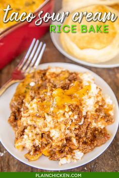 Taco Sour Cream Rice Bake - easy weeknight ground beef casserole ready in under 30 minutes!! Rice, sour cream, cottage cheese topped with a quick homemade taco meat sauce and cheddar cheese. Can make in advance and refrigerate or freeze for later. A fun twist to taco night! Serve with some black beans and crusty bread. #taco #groundbeef #casserole #freezermeal Easy Ground Beef Casseroles, Ground Beef Recipes, Beef Dishes, Food Dishes, Main Dishes, Mexican Dishes, Mexican Food Recipes, Creamed Rice, Meat Sauce