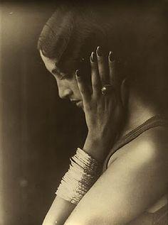 Renee Perle by Jacques Henri Lartigue