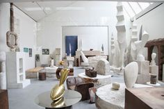 Habitually Chic®- Atelier Brancusi