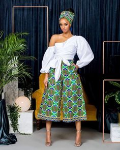 Gorgeous Kente Styles You Will Love to Rock - Sisi Couture African Print Dresses, African Fashion Dresses, African Attire, African Wear, African Women, African Dress, African Style, Nigerian Fashion, African Clothes