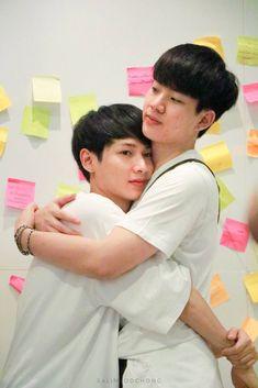 Cute Gay Couples, Real Couples, Cute Guy Pics, Trauma, Boy Meme, Gay Aesthetic, Theory Of Love, Cute Korean Boys, Lgbt Love