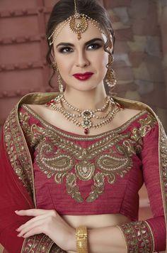 Wedding Lehenga's 2018 Buy Lehenga Online, Lehenga Choli, Saree, Small Necklace, Indian Celebrities, Designer Wear, Wedding, Collection, Fashion