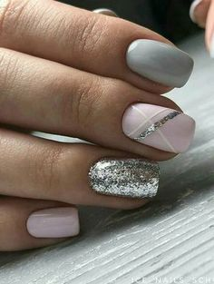 bellissime idee per unghie colorate per Spring Nails 2018 # Spring Nails Source by Gorgeous Nails, Love Nails, Pink Nails, My Nails, Grey Gel Nails, Blue Nail, Accent Nails, Grey Nail Art, Silver Nail Art