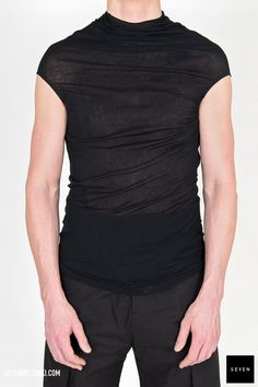 Woven top UC 09 BLACK Cotton Rick Owens - Walrus - Made in Italy Model is wearing size L. Rick Owens, Model, Mens Tops, How To Wear, Cotton, Shopping, Collection, Black, Fashion