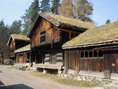 Green Roofs Everywhere.   Farmstead from Setesdal, now at the Norsk Folkemuseum, Bygdøy in Oslo, Norway. Loft from Ose (ca 1700) and farmhouse from Åmlid (late 17th century).  Photo Roede