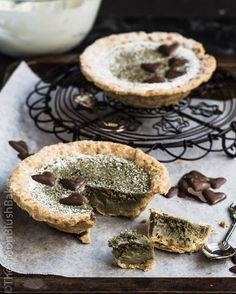 Green Tea sponge pie
