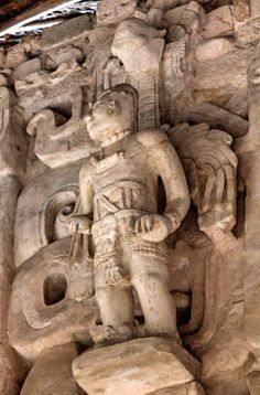 JOJO POST STAR GATES: A HUGE MACHINE WITH A MAN IN CONTROL ON TOP OF IT WEARING SPECIAL SUIT AND EQUIPMENTS AND WINGS? What is the message that they left thousands years ago here for the future generations on planet earth? What do you see? What do you think? WHAT DO WE KNOW? Ek Balam, Mexico.