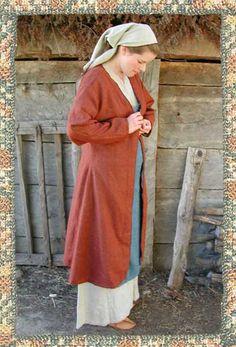 Historiska Världar - Dräkter - Vikingatida kvinna - Kappa