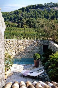 Villa Grenache photos - Bastide de Marie : luxury property with hotel services in Provence (France) Outdoor Rooms, Outdoor Gardens, Outdoor Living, Outdoor Decor, Hotel Services, Provence France, Cool Pools, Pool Designs, Exterior Design