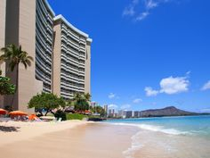 Oahu Hawaii Sheraton Waikiki United States, North America Sheraton Waikiki is conveniently located in the popular Waikiki area. The hotel offers a wide range of amenities and perks to ensure you have a great time. Free Wi-Fi in all rooms, 24-hour front desk, facilities for disabled guests, express check-in/check-out, luggage storage are there for guest's enjoyment. Each guestroom is elegantly furnished and equipped with handy amenities. To enhance guests' stay, the hotel offer...