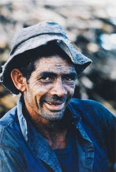 Sugarcane cutter, Murwillumbah, New South Wales 1966 by David Moore (Birth Date: Lyon, Australian Photography, People Of Interest, National Portrait Gallery, Australian Artists, South Wales, Vintage Colors, David, Faces