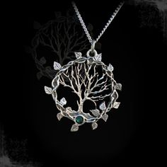 """Collier Gothique Arcana XIII """"Tree of Gaia"""""""