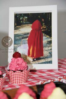 Amor de CupCake: Cupcake Chapeuzinho Vermelho