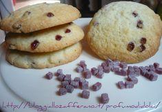 Cookies alla farina di riso e gocce di frutta