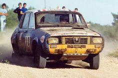 Rallye des 1000 Pistes 1976 - Renault 12 Gordinie Pierre-Christian Rageys Pouchelon 6 Renault Sport, Automobile, Matra, John Collins, Rally Raid, Vintage Race Car, Road Runner, Toyota Celica, Courses