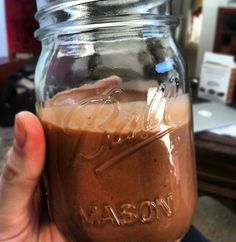 SUCH a good chocolate smoothie recipe!