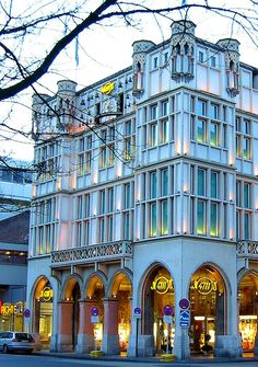 4711 Koln Germany. Cologne (perfume) was first created here