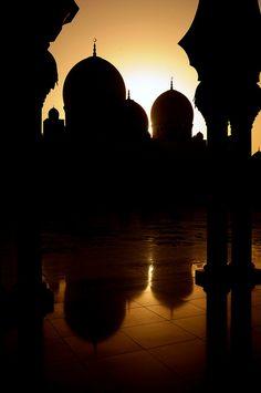 Sheikh Zayed Grand Mosque at Sunset (2) - Abu Dhabi, UAE by M. Khatib on Flickr.