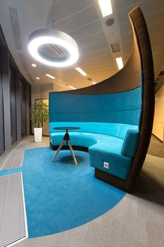 EY Office by Massive Design - Office Snapshots Office Lounge, Office Seating, Office Space Design, Office Interior Design, Office Designs, Corporate Interiors, Office Interiors, Design Commercial, Modular Lounges