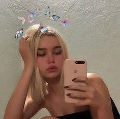 Cute Girl Photo, Girl Photo Poses, Aesthetic Images, Aesthetic Photo, Selfie Poses, Selfies, Selfie Ideas, Girl Pictures, Girl Photos