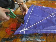 COMO HACER UN PAPALOTE O COMETA Kites, Recycling, Toys, Manualidades, Art