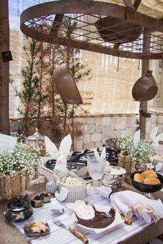Brunch de Páscoa com decoração feita por Theodora Home!