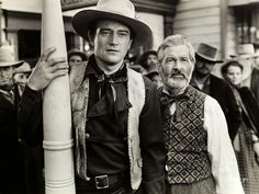 iN OLD CALIFORNIA - John Wayne & Gabby Hayes - Republic Pictures.
