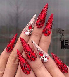Erogenous Acrylic Stiletto Nails Designs In Fall - Nail Art Connect Red Stiletto Nails, Bling Acrylic Nails, Red Nails, Hair And Nails, Red Nail Art, Pointed Nails, Color Nails, Nail Colors, Swarovski Nails