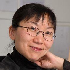"""XU Yi sera à l'Atelier contemporain LUNDI 18 JANVIER de 14h30 à 17h30 - CRR de Paris - entrée libre - """"Xu Yi étudie le Erhu (violon chinois) et la composition au Conservatoire de Shanghai. À 22 ans, elle y devient professeur. Elle arrive en France en 1988 et suit le cursus d' informatique musicale à l'Ircam (1990-91). Elle complète sa formation au Conservatoire de Paris, auprès d'Ivo Malec et de Gérard Grisey, ..."""" https://www.youtube.com/watch?v=-kpIxptSdm0 http://xuyi.fr/biographie"""