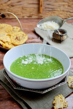 Palak Paneer, Food Photo, Ethnic Recipes, Soups, Fun, Cream, Soup, Food Photography, Hilarious